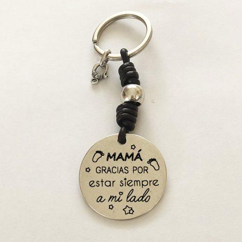"""Llavero personalizado con la frase: """" MAMÁ"""